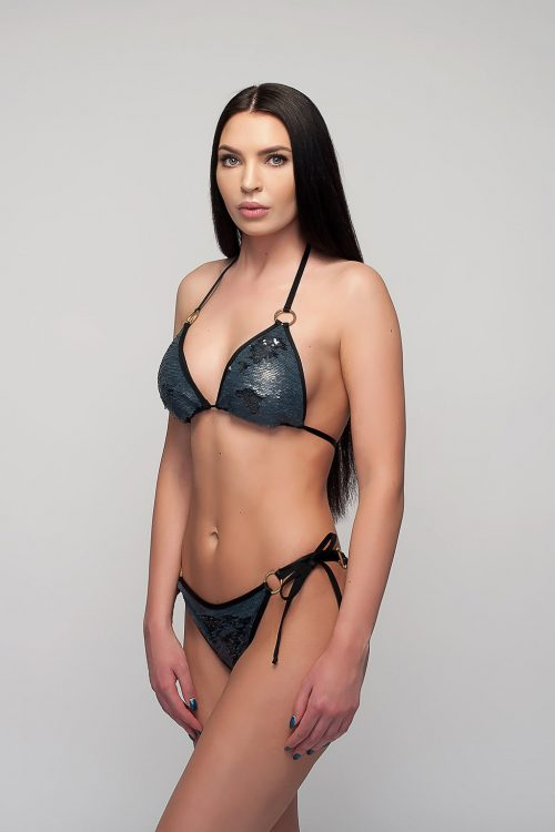 maudymosi kostiumėliai; bikini