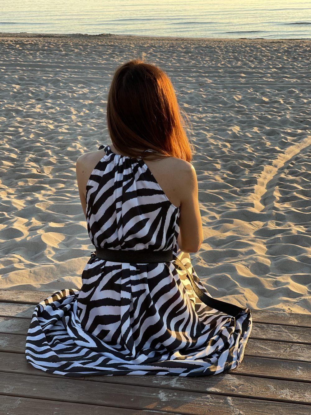 zebrine suknele